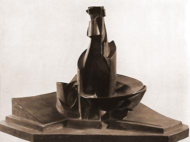 Sviluppo di una bottiglia nella spazio-Umberto Boccioni