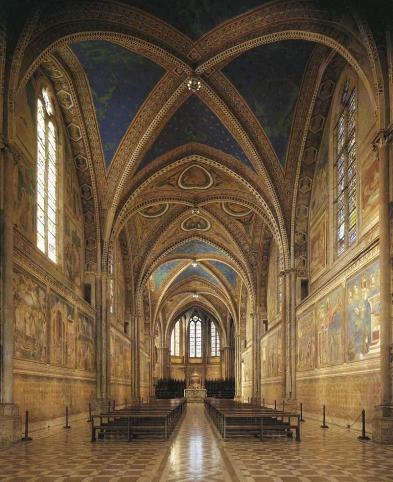 http://www.rositour.it/Arte/Giotto/S.Francesco%20(Assisi)_Basilica%20Superiore.jpg